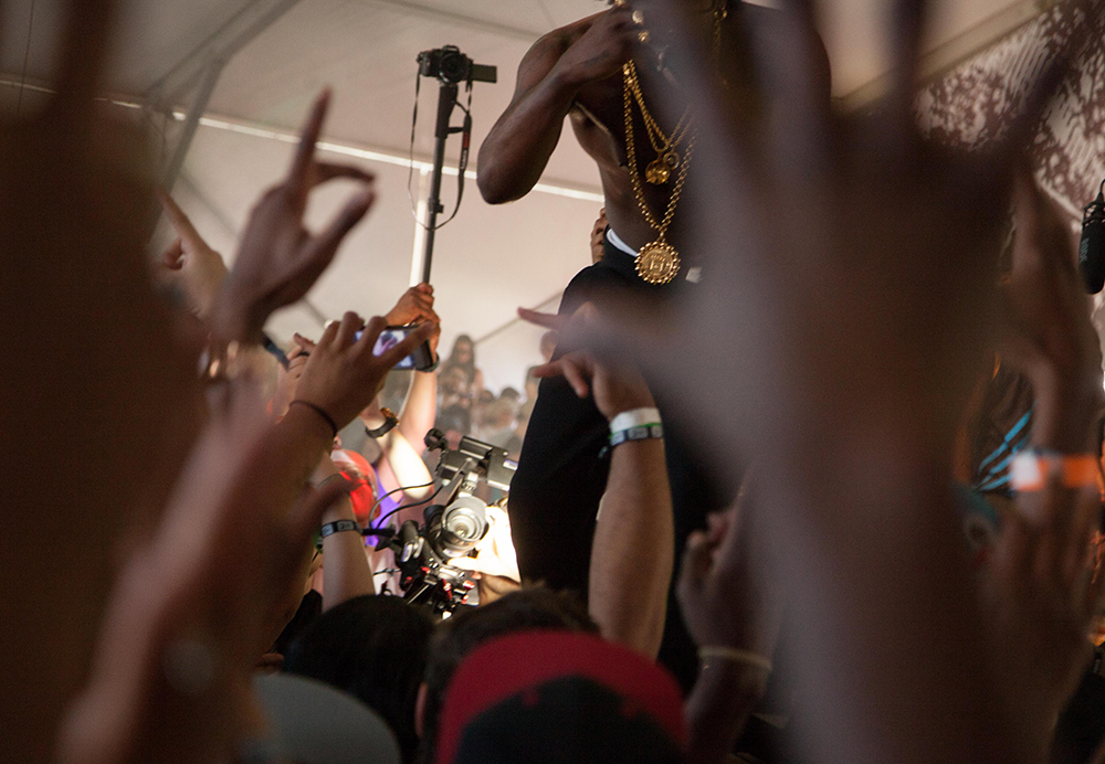 Trinidad Jame$ gets the crownd popping at The Fader Fort.